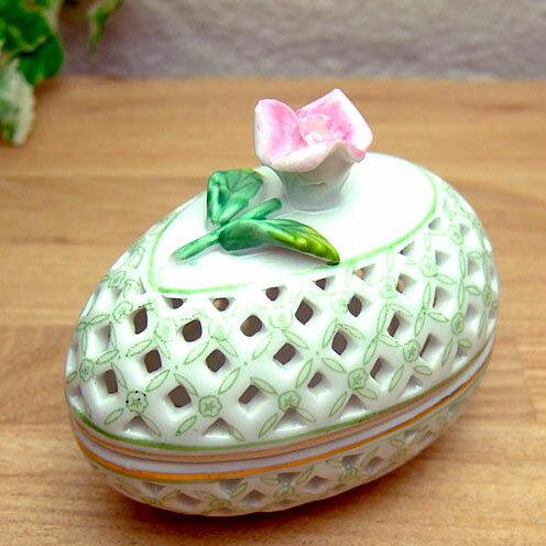 陶器製の蓋物(ハンドペイント)