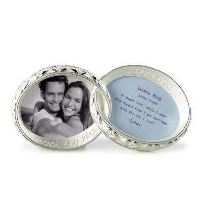 フォトフレーム 写真立て ウェディング 卓上 結婚祝い 『ダブルリングフォトフレーム』 ウェディングピッタリ!ハート模様2つのリングを重ねたおしゃれなデザイン 写真は2枚 結婚祝い,結婚記念日のギフト(プレゼント)に最適のフォトフレーム