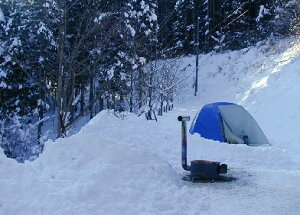 時計型薪ストーブ冬キャンプ