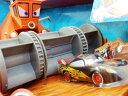 ◎ディズニーカーズ ミニカー/カラーチェンジャー♪ 楽しい!フランクから、逃げろ!プレイセット♪ カーズ おもちゃ【予約商品】ポイント5倍