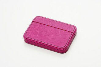 It is made by ITOYA Itoya COLOR CHART box type card case マゼンダピンク leather (leather)