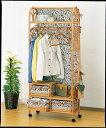 サッと洋服が掛けられるおしゃれな藤のハンガーラック 上棚付ワイドハンガーラック 幅75cmタイプ イス・チェア 座椅子 籐製 送料無料 最安値に挑戦 新生活 引越