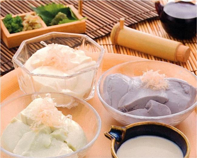 けんたろう豆腐三種(青大豆・黒豆・白目大豆)豆乳・アンデス岩塩付き
