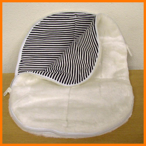 Hot water bottle bag bore 05P24jul13fs3gm