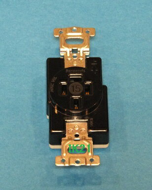電気工事士技能試験対策品・半導体・工具・事務用品│第一種電気工事士 技能試験用対応〓接地3P15A埋込コンセント〓WF1415BK