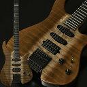 """2019ディバイザー商談会選定品 Bacchus HANDMADE SERIES """"G-STUDIO×HEADLESS""""、バッカスブランドのヘッドレスギターが入荷!しかもコチラは、エキゾチックウッドを配した限定仕様! コンパクトで弾きやすく仕上げたボディシェイプが特徴のバッカス流ヘッドレスギター。レギュラーモデル「G-STUDIO」を基本としたピックアップレイアウトで、幅広いサウンドメイクが可能です。 ピックアップには「Mojotone Pickup」を採用。SSHピックアップレイアウトで幅広いサウンドメイクが可能です。フロント・センターにはKNOCK OUTを採用し、シングルコイルのクリアな音質を保ちながら、パワーとサスティンと豊かな倍音成分を出力。リアにはBlack Magic Humを採用し、パンチのあるサウンドも出力可能です。 ボディ(トップ):Magnolia ボディ:Ash 2P ネック:Maple 指板:Ebony ナット:Hipshot ブリッジ:Hipshot/Headless 6string Guitar System フレット:214 ピックアップ:Mojotone/KNOCK OUT(F,C),Black Magic Hum(R) コントロール:1Vol,1Tone(coil tap),5way SW スケール:25.5inch ナット幅:43.0mm 指板R:310R フィニッシュ:Top Lacquer ギグバッグ、保証書、レンチ付属 メーカー希望小売価格はメーカーサイトに基づいて掲載しています■ トップ ⇒ 現在地 Bacchus ≪バッカス≫ HANDMADE SERIES G6-HL/EWC-SP'19 エレキギター"""