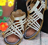 Is the design looks beautiful using foot leather leather mesh Sandals taste. From natural styles, such as Mori girl along with denim, casual! ★ T008