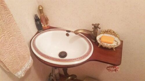【Eセット61】アンティーク調のかわいい小さい洗面台、ブラケット、陶器洗面ボウル、単水栓、トラップの洗面台セット 高知県(高知県)
