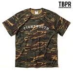 【TBPR/TIGHTBOOTH PRODUCTION】 COLLEGE カラー:camo 【タイトブースプロダクション】【スケートボード】 【Tシャツ】