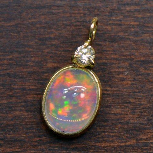 ウォーターオパール×ダイヤモンドK18イエローゴールド カボション ペンダントヘッド YK-B080-1506