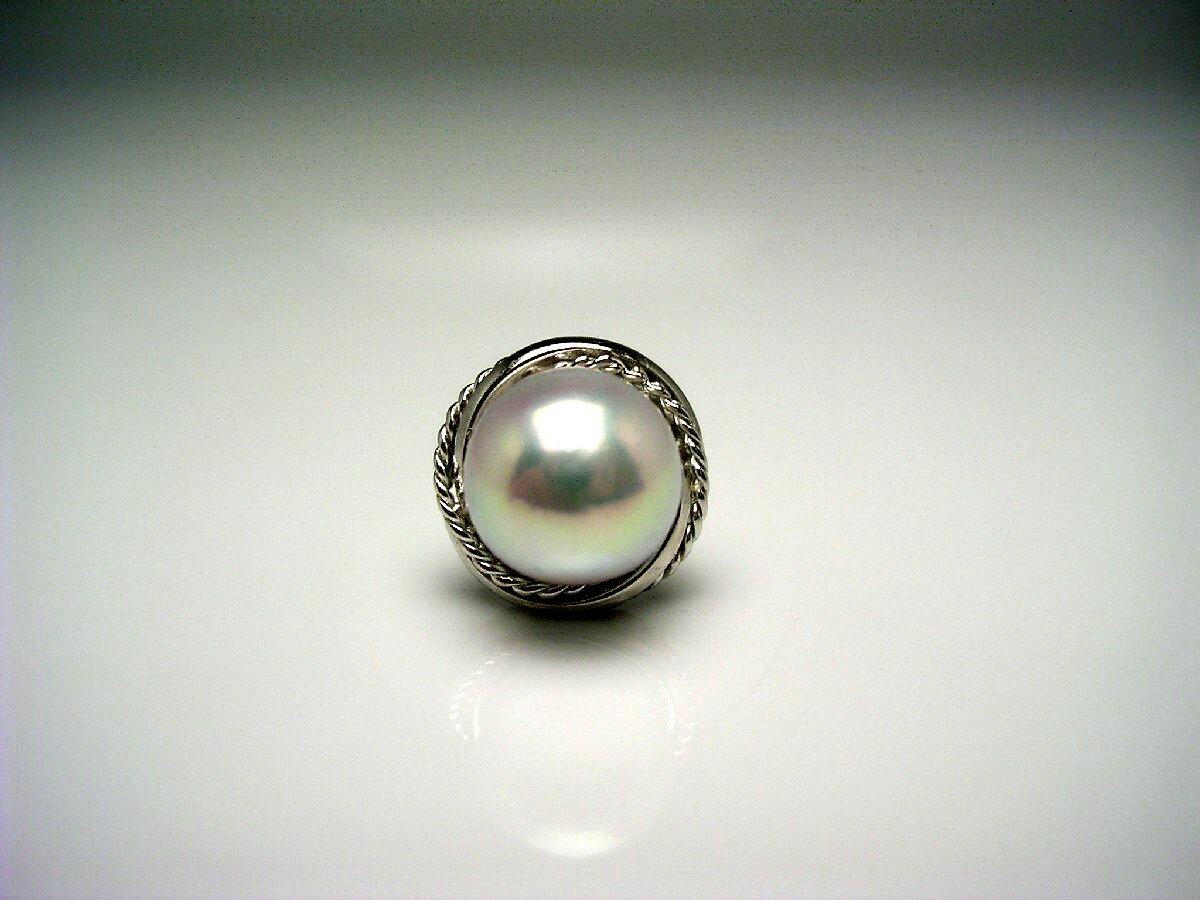 【送料無料】アコヤ真珠 タイ留め 8.3mm ホワイトシルバーブルー(ナチュラル) シルバー 58982 イソワパール 真珠の故郷・伊勢志摩で80余年の歴史  真珠専門店がお薦めするアコヤ真珠タイ留め