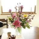 お花をお家に飾りたいけれど、どんなお花を飾ったら良いか分からない方に。プロが選んだお花を飾りませんか?ホームフラワー★ご自宅用の切花福袋(3,150円コース) 【品質保証★花】【定期購入対応】