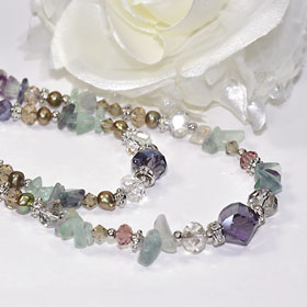 And natural stone used two consecutive long Necklace (purple multicolor)