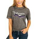 ショッピングウエスタン ゲームデイカルチャー GAMEDAY COUTURE ノースウェスタン ワイルドキャッツ レディース Tシャツ チャコール WOMEN'S 【 GAMEDAY COUTURE VIVACIOUS VARSITY BOYFRIEND TSHIRT CHARCOAL 】 レディースファッション