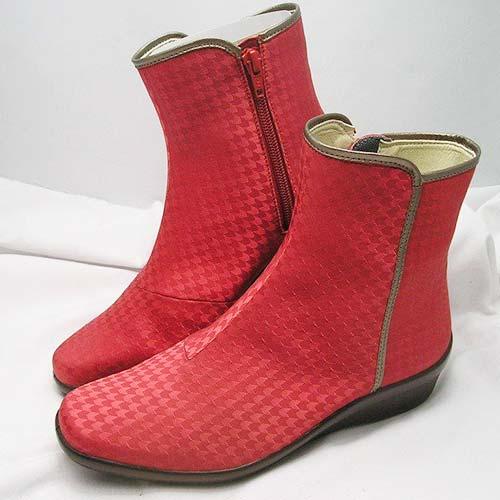 アサヒトップドライ3879 ゴアテックス採用により大粒の雨も通さずムレを防ぎ靴の中は快適そのもの!セラミック底採用で雪道もしっかりグリップ!!