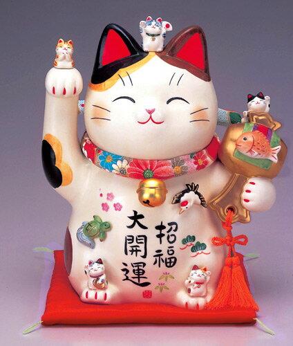 彩絵招福大開運招き猫(ちりめん首輪付・8.5号)