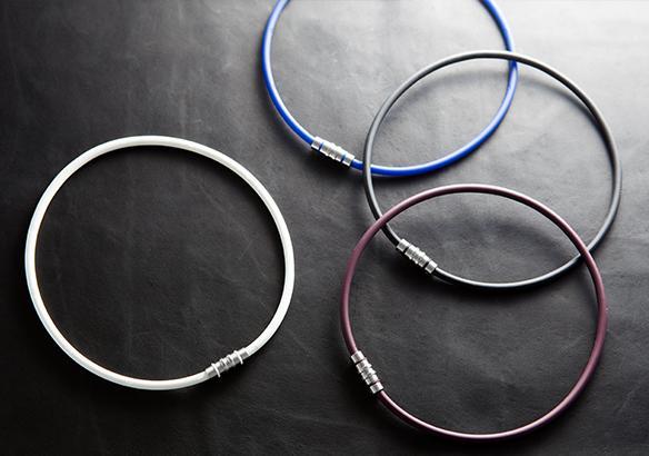 【メール便送料無料】コラントッテ (Colantotte ) ネックレス クレスト  ◆ご希望サイズと色を選んで下さい