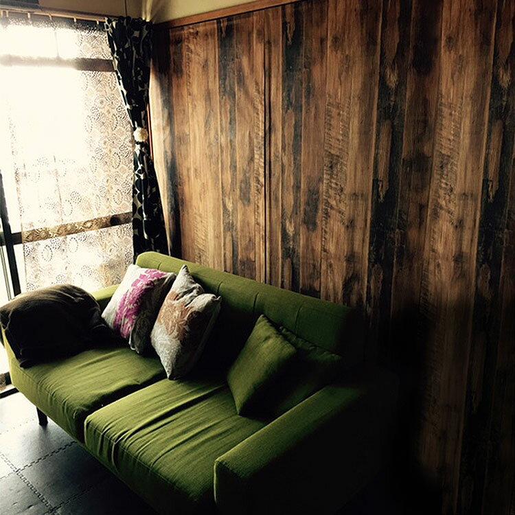 RoomClip商品情報 - 壁紙 のり付き 木目 ヴィンテージ クロス おしゃれ 壁紙 1m単位 男前 オーク 壁紙張り替え diy リフォーム 国産壁紙 生のり付き SRH-4740