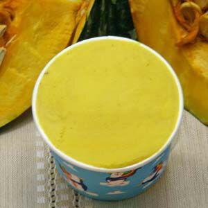 カップアイスジェラート かぼちゃのちゃちゃちゃ♪ かぼちゃ味のジェラートに生クリームをたっぷり入れて最高の味にしました 魁ジェラートアイスクリーム
