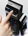 もう鍵を持ち歩く必要は無し!鍵を失くす&忘れる心配も無し!指紋認証式デジタルドアロック電子ロック 指紋認証式電子錠 玄関錠指紋認証や暗証番号入力で開錠バックライトやオートロック機能付きドアに取り付けキュリティーロック 防犯対策