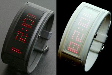 スタイリッシュLED腕時計イギリス ロンドンブランド ウォッチブラックラバーバンド スクロール表示縦表示と横表示の切り替えが可能WATCHホワイト ブラックラバーバンドホワイト ブルー レッドLED