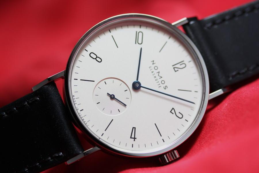 ドイツ製NOMOS【ノモス】TANGENTE【タンジェント】手巻き腕時計/バウハウス・デザイン/グラスヒュッテ/正規輸入商品/TN1A1W2