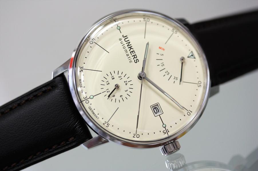 ドイツ製Junkers【ユンカース】Bauhaus【バウハウス】パワーリザーブ搭載自動巻き腕時計/正規代理店商品 バウハウスに協力していたユンカース!