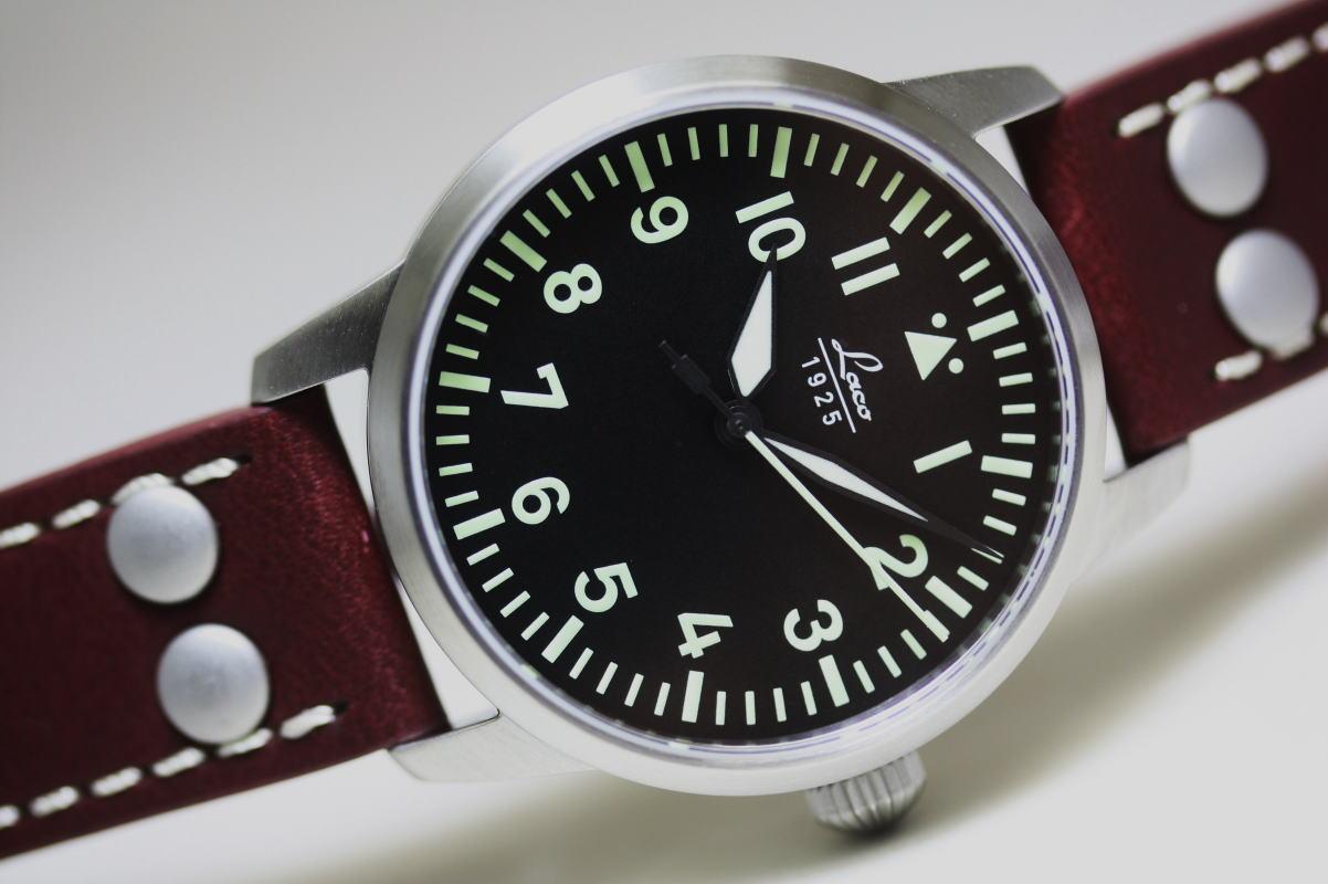 ドイツ空軍採用のLaco【ラコ】自動巻きミリタリーウォッチ腕時計 ケース直径約36ミリ!ドイツ空軍採用のLaco【ラコ】自動巻きOsakaミリタリーウォッチ/腕時計