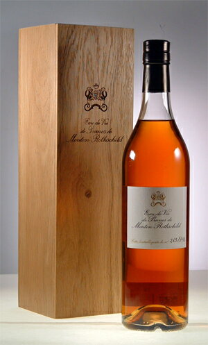 Ode v − de Bruno de Mouton Rothschild Chateau Mouton Rothschild Eau de Vie de Prunes de Mouton Rothschild 700ml [NV]