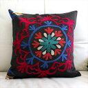 ウズベキスタンオ-ルドスザンニ/suzani/華やかなシルク手刺繍のクッションカバ-44x45cm大輪の花/鮮やかなピンクとブル-