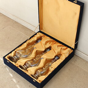 エジプト手吹きガラス・デカンタ・水差し(装飾用・置物・化粧箱付)・3本セットグリ-ン