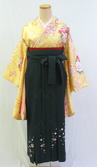"Small furisode and hakama set ' on cream ground with cute flower kuga gem ""-memorable graduation ceremony-"