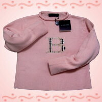 可愛いピンク色のスプリングセーターです。胸にはBのバーバリーチェック♪EU(欧米)バージョンです♪
