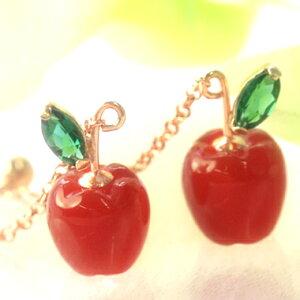 りんご 林檎 レッドアゲート×グリーンクオーツ×ピンクゴールドピアス・ポムスール 本物そっくりのリンゴ/アップルカラーストーン モチーフ! ロングピアス レディース かわいい 誕生日プレゼント 華奢 シンプル チェーン 可愛い