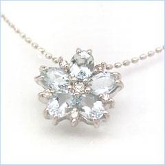 【アクアマリン×ダイヤモンドネックレス・ルーチェマーレ】海からすくいとってきたような美しいジュエルを丁寧に並べて、繊細な花のネックレスをお作りしました 華奢 シンプル ジュエリー ボタニカル柄