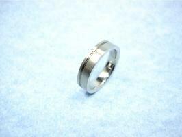 SAVERONE セイバーワン TR-21[メンズ・レディースに人気☆チタン製の指輪(チタン リング アクセサリー)誕生日や記念日の贈り物やプレゼントやペア・ペアリングにも]【ポイント10倍】
