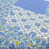 綿100%で優しい手触り鮮やかなブルーのパッチワーク調キルトマルチカバー約200×200cm(約2畳)【リバーシブルキルト花柄青ブルーパッチワーク綿】【RCP】【532P19Mar16】