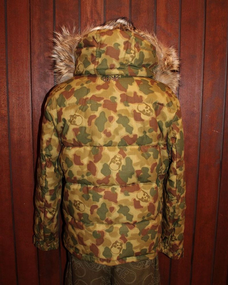 "�ڥ륷����ڥ�ե��ͥ����롦����ե顼��������󥸥㥱�åȡۡ�lucienpellat-finet""Skull-Camouflage-DownJacket�ۡ�P15Aug15��"