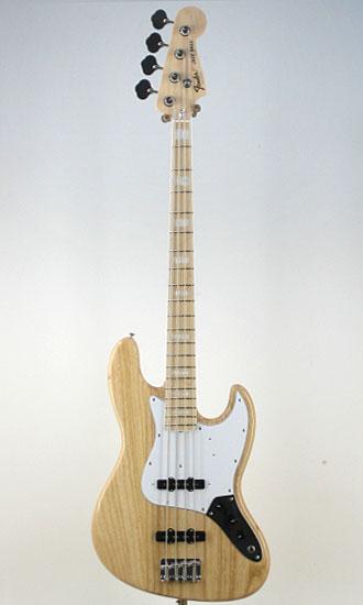 Fender Japan Exclusive Classic '70s Jazz Bass Maple NAT/M【フェンダーストラップ、コンパクトギタースタンド付き&レビュー特典付き】【送料無料】JB75 一本一本丹念に最適調整されるKOEIDOのフェンダーJapan!