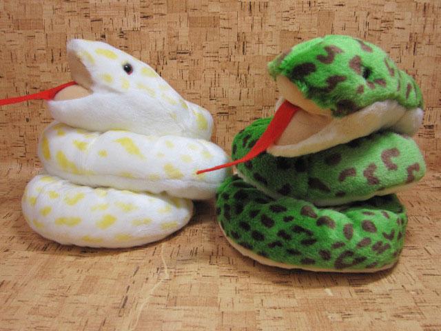 ヘビのぬいぐるみTAKE OFF(テイクオフ)ヘビM【定形外郵便不可】