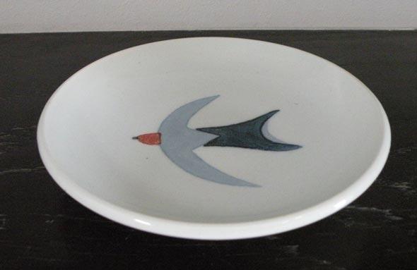 砥部焼ツバメ1羽水色小皿陶彩窯陶器焼物食器皿陶芸品陶磁器