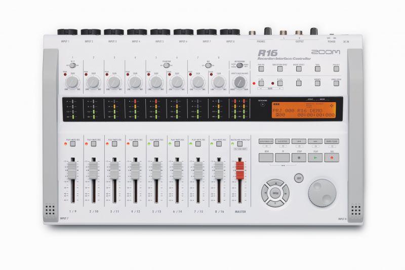 ZOOMR16《MTR/オーディオインターフェース》送料無料クロサワ楽器池袋店WEBSHOP