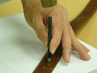 ベルトの穴あけ用 穴あけポンチイタリア製のベルトには必需品穴径2mm014600