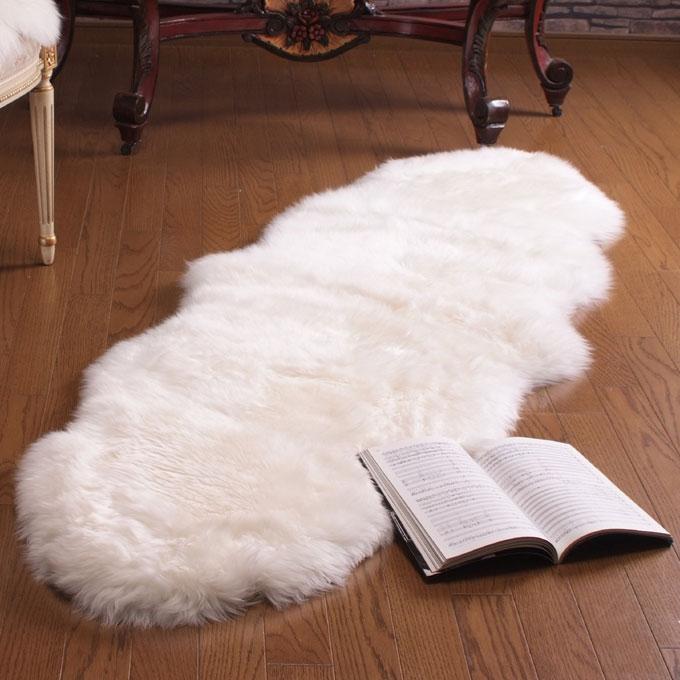 ふんわりあったかムートン(羊毛皮)長毛フリース(2匹タイプ)約60x180cm【宅配便送料無料】 10P18Jun16