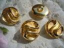 15mmお買い得なゴールドカラーのボタン 4個入りGRB-0