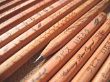 ☆免费更名为他的名字印在铅笔,铅笔工作自然长期!铅笔系列RAPISUORIJINARU[メール便・鉛筆・名入れ無料 ナチュラルねーむ鉛筆2B・HB 木のぬくもり・シンプルなオリジナルイラスト]