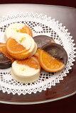 2種類のガレットオランジェの16個入り詰合せスイートチョコとホワイトチョコを食べ比べてみて下さい