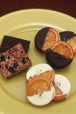 銀座ル・ブランのオレンジの甘味と皮の渋みが絶妙の2種類の「ガレットオランジェ」と最も長く愛されてきたお菓子「フロランティー」の計16個入り