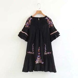 刺繍入りフォークロアワンピース ■ ワンピース ドレス