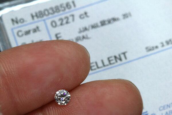 ダイヤモンド 0.227カラット ルース lo...の紹介画像3